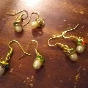 Pearl earrins